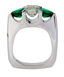 diamond-emerald-front-112805-copy